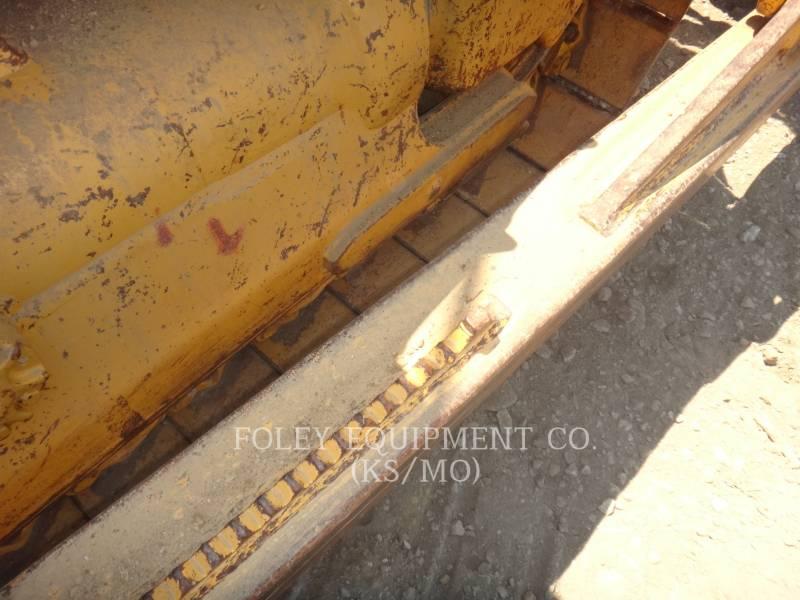CATERPILLAR TRACK TYPE TRACTORS D7R equipment  photo 18