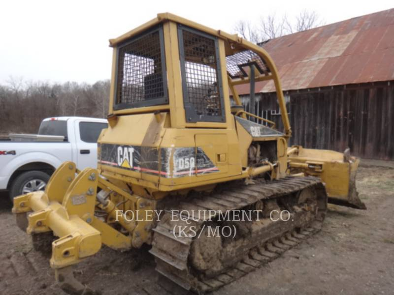 CATERPILLAR TRACK TYPE TRACTORS D5G equipment  photo 3