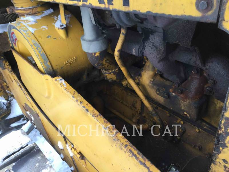 CATERPILLAR TRATTORI CINGOLATI D7E1970 equipment  photo 9