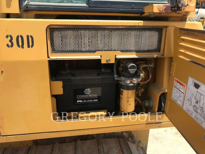 CATERPILLAR TRACK TYPE TRACTORS D3G equipment  photo 10