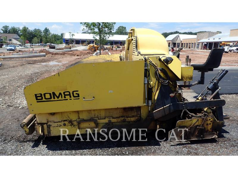 BOMAG PAVIMENTADORA DE ASFALTO 814-2 equipment  photo 2