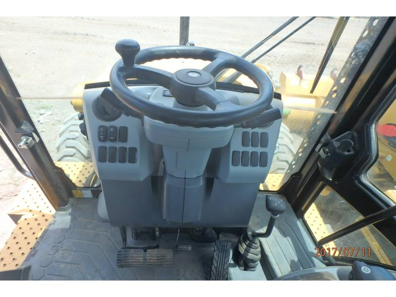 CATERPILLAR BACKHOE LOADERS 416F2ST equipment  photo 9