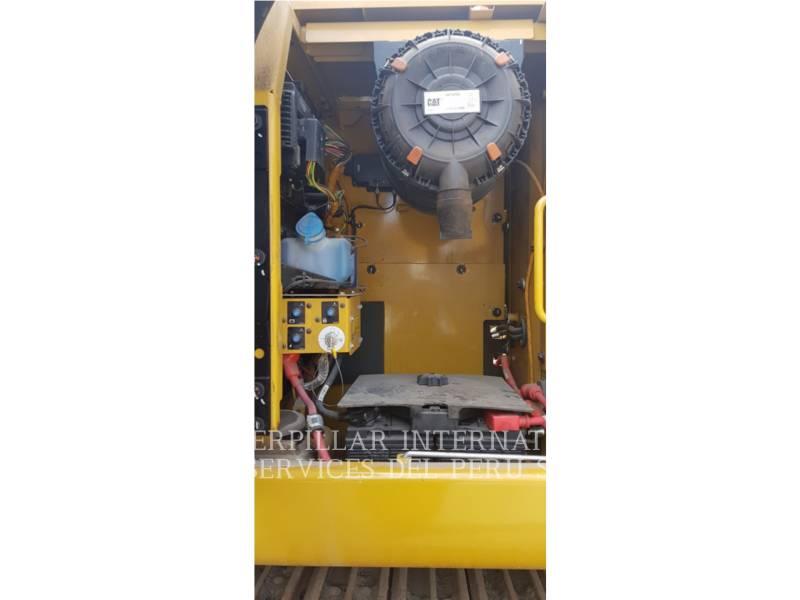 CATERPILLAR TRACK EXCAVATORS 323D2L equipment  photo 22