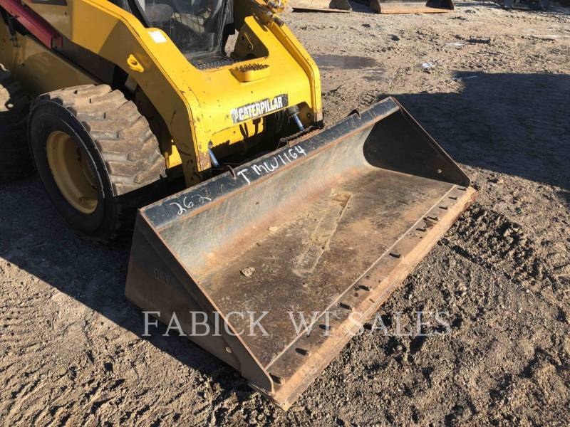 CATERPILLAR CHARGEURS COMPACTS RIGIDES 262C2 equipment  photo 11