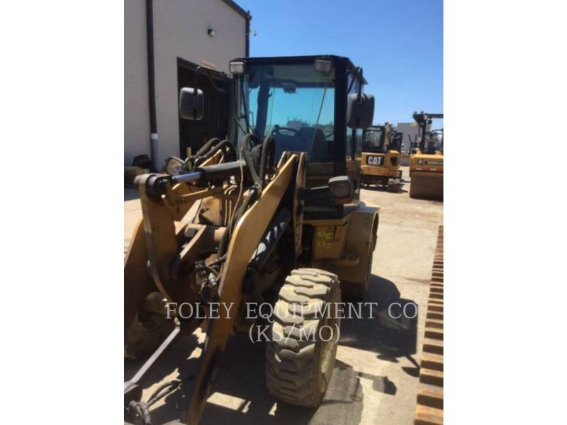 CATERPILLAR WHEEL LOADERS/INTEGRATED TOOLCARRIERS 904B equipment  photo 2