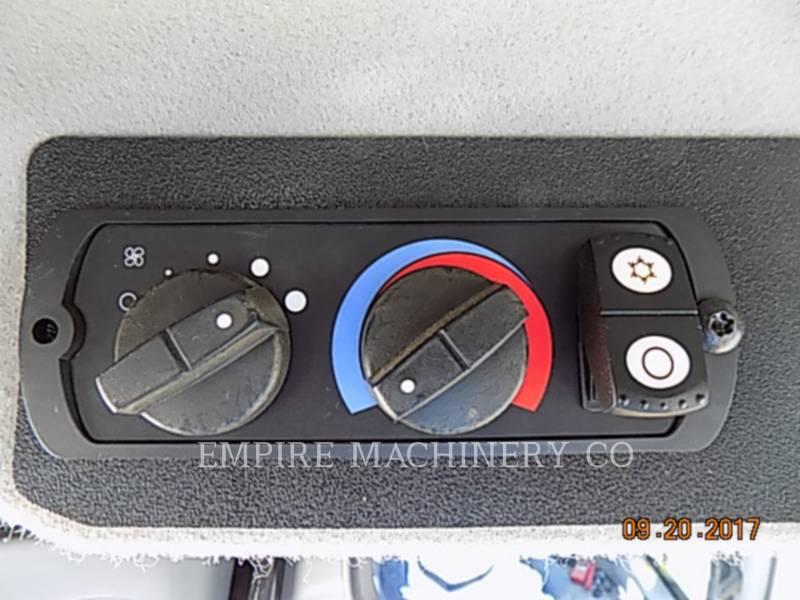 CATERPILLAR ブルドーザ D6T XL equipment  photo 17