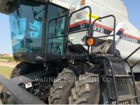 GLEANER COMBINADOS R72 equipment  photo 8