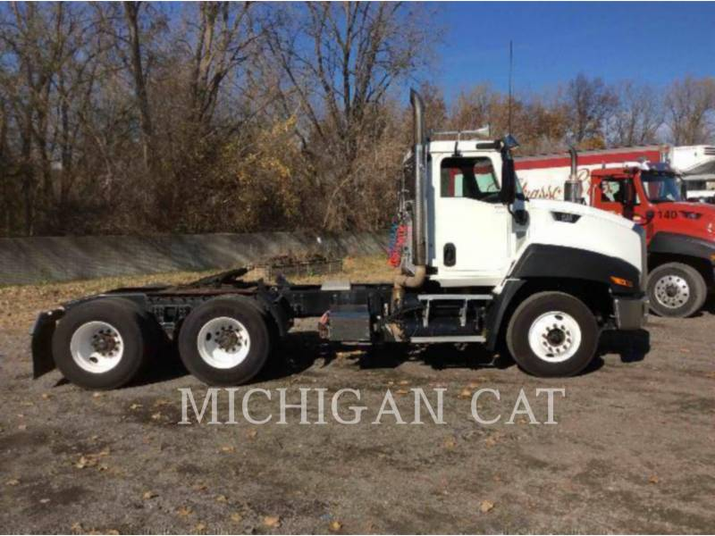 CATERPILLAR ON HIGHWAY TRUCKS CT660 T13M13 equipment  photo 19