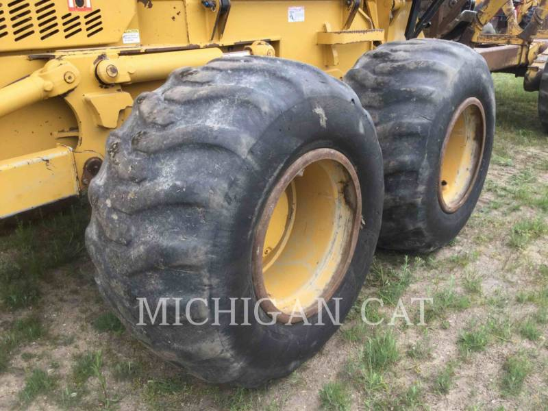 CATERPILLAR MACHINE FORESTIERE 574 equipment  photo 16