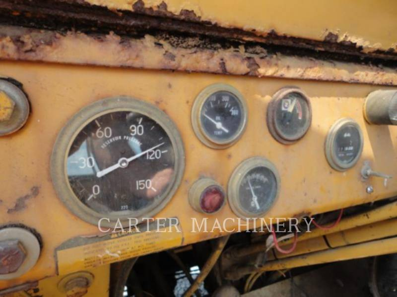 MASSEY HARRIS WHEEL LOADERS/INTEGRATED TOOLCARRIERS MF66 equipment  photo 6
