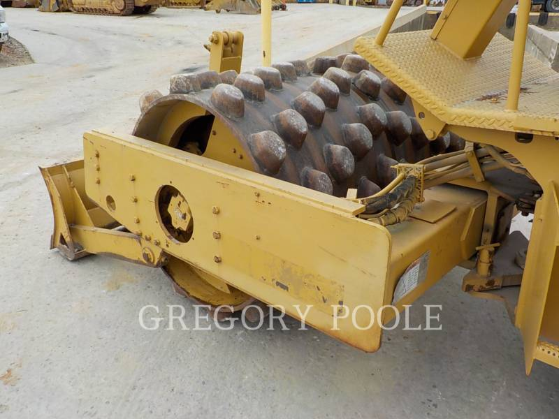 CATERPILLAR VIBRATORY SINGLE DRUM PAD CP-433C equipment  photo 15