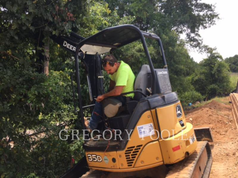 JOHN DEERE TRACK EXCAVATORS 35D equipment  photo 6