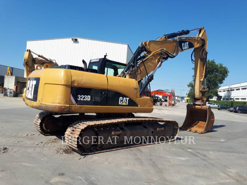 CATERPILLAR EXCAVADORAS DE CADENAS 323D equipment  photo 2