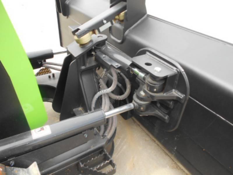 CATERPILLAR TRACK TYPE TRACTORS D5K2LGP equipment  photo 24