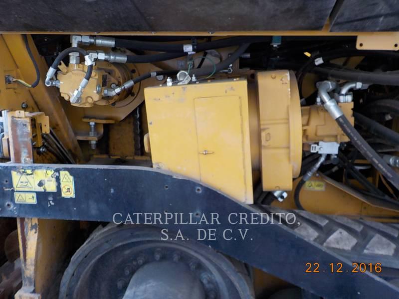 CATERPILLAR PAVIMENTADORA DE ASFALTO AP-655D equipment  photo 17
