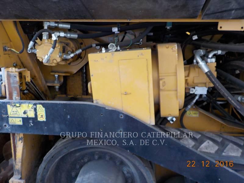 CATERPILLAR PAVIMENTADORES DE ASFALTO AP-655D equipment  photo 17