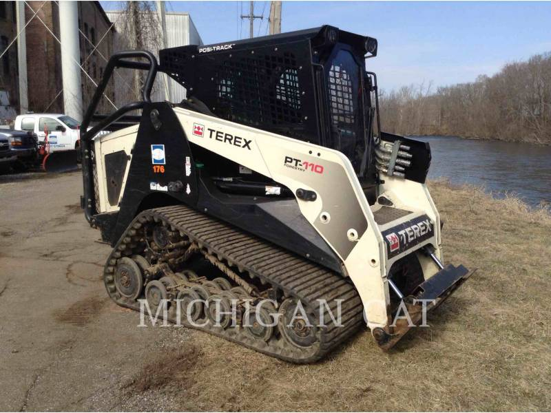 TEREX CORPORATION CARGADORES MULTITERRENO PT110 equipment  photo 1