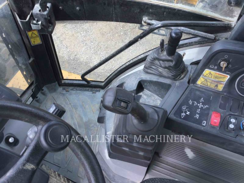 CATERPILLAR TERNE 420FIT equipment  photo 14