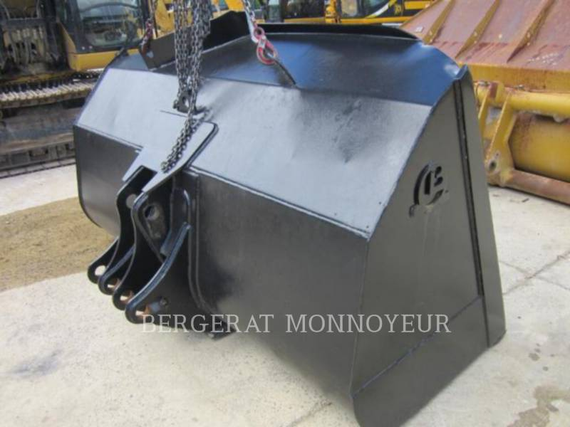 CAT ATTACHMENTS ATTREZZATURA - BENNA GODET CHARGEUR equipment  photo 3