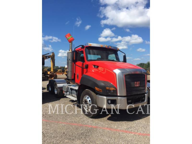 CATERPILLAR CAMIONS ROUTIERS CT660 T13A6 equipment  photo 2