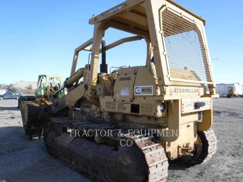 CATERPILLAR TRACTEURS SUR CHAINES 977L equipment  photo 5