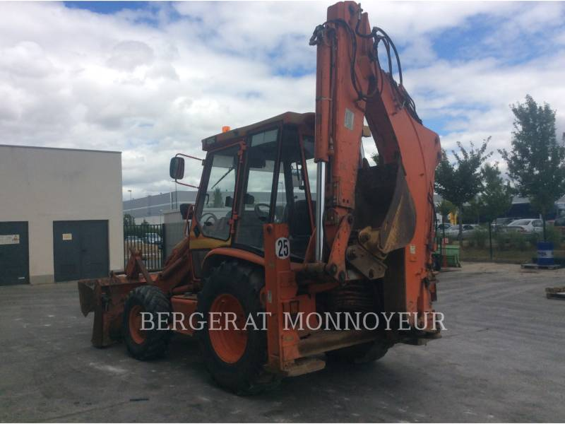 CATERPILLAR RETROESCAVADEIRAS 438C equipment  photo 4