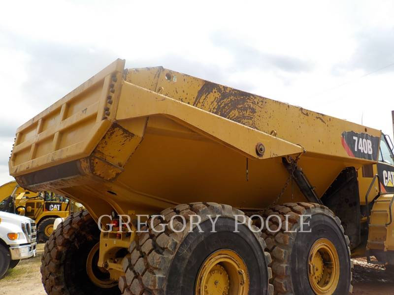 Caterpillar CAMIOANE ARTICULATE 740B equipment  photo 10