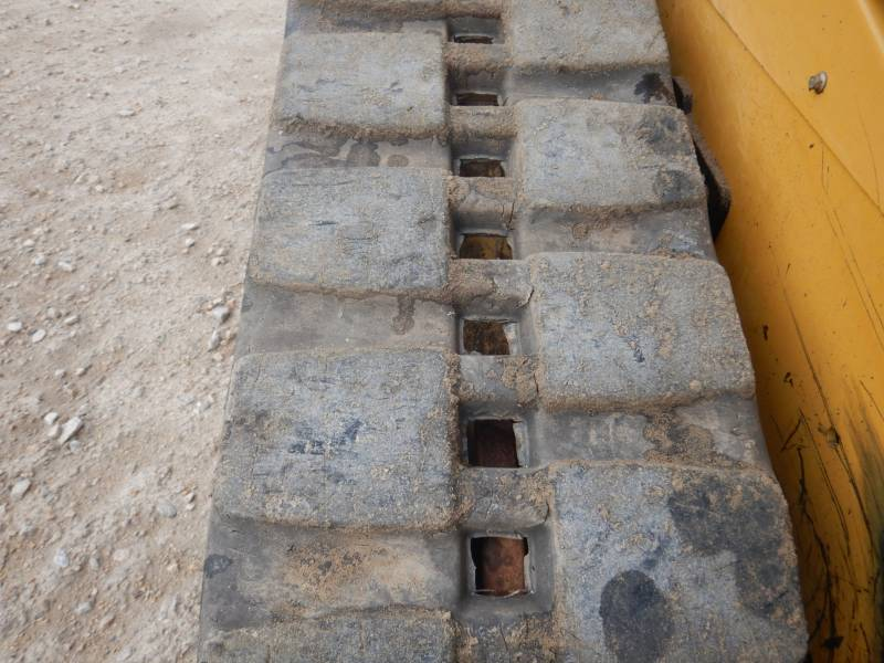 CATERPILLAR CARGADORES MULTITERRENO 259 D equipment  photo 8