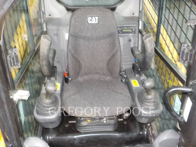 CATERPILLAR PALE CINGOLATE MULTI TERRAIN 299DXHP equipment  photo 22