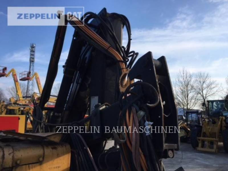 LIEBHERR TRACTEURS SUR CHAINES PR721 equipment  photo 15