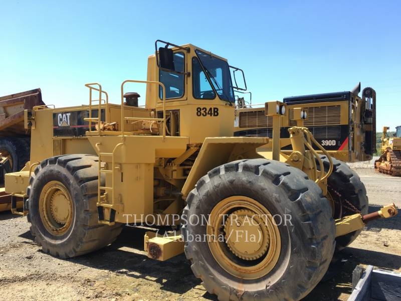 CATERPILLAR TRACTEURS SUR PNEUS 834B equipment  photo 5