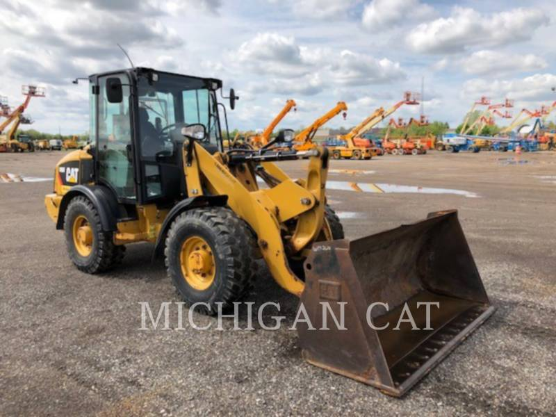 CATERPILLAR PALE GOMMATE/PALE GOMMATE MULTIUSO 906H C equipment  photo 1