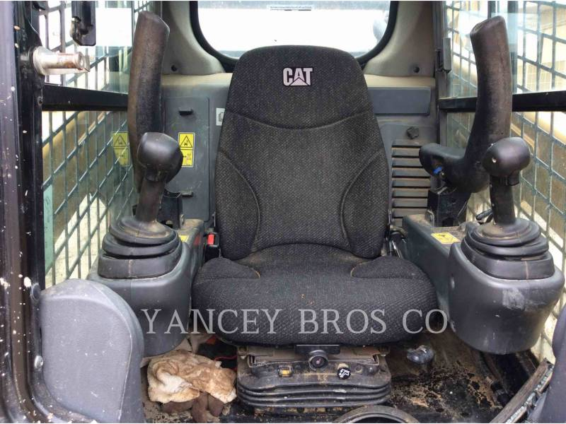 CATERPILLAR CHARGEURS COMPACTS RIGIDES 262D AC equipment  photo 6