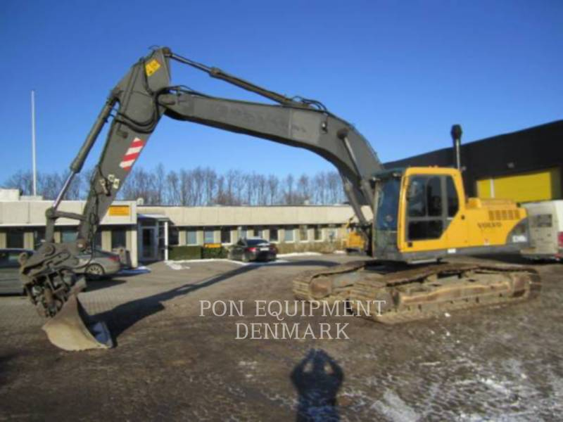 VOLVO CONSTRUCTION EQUIPMENT PELLES SUR CHAINES EC240BLC equipment  photo 2