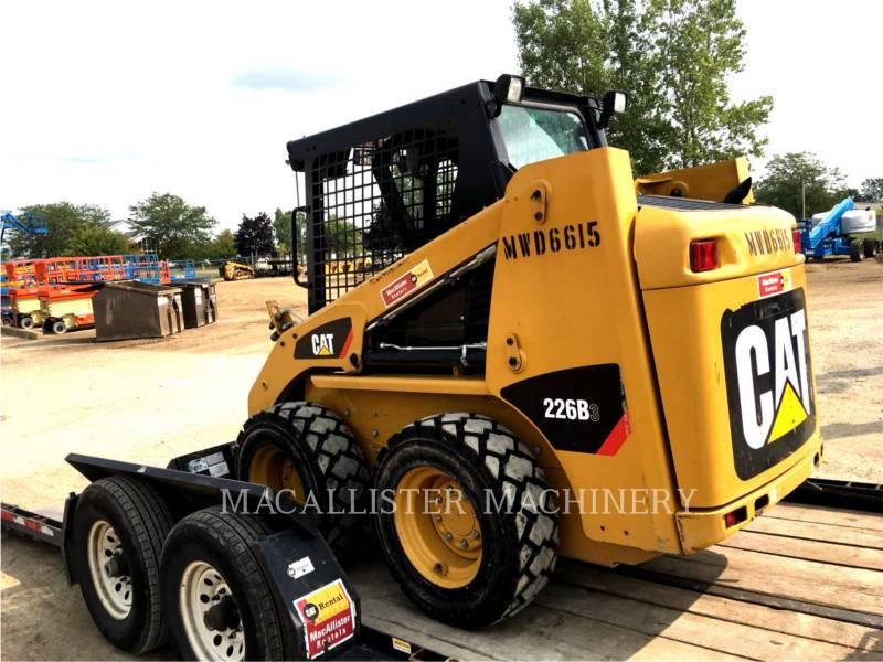 CATERPILLAR SKID STEER LOADERS 226B3 equipment  photo 1