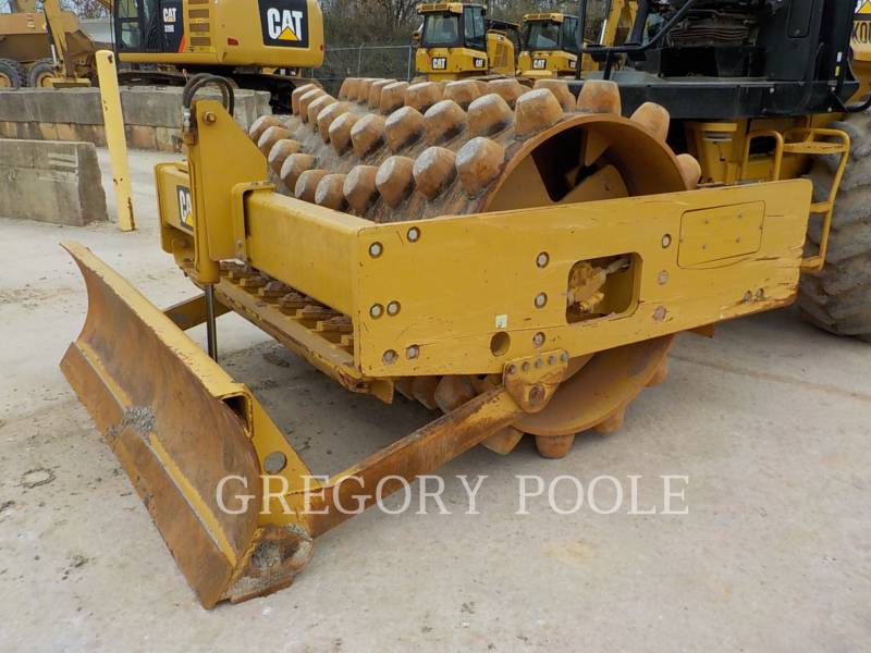 CATERPILLAR VIBRATORY SINGLE DRUM PAD CP-56B equipment  photo 3