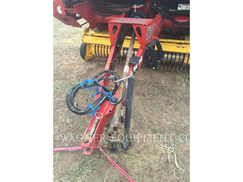 NEW HOLLAND LTD. EQUIPOS AGRÍCOLAS PARA FORRAJES BR7090 equipment  photo 3