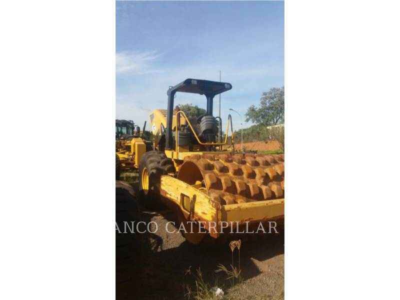 CATERPILLAR COMPATTATORE A SINGOLO TAMBURO VIBRANTE TASSELLATO CP-533E equipment  photo 2