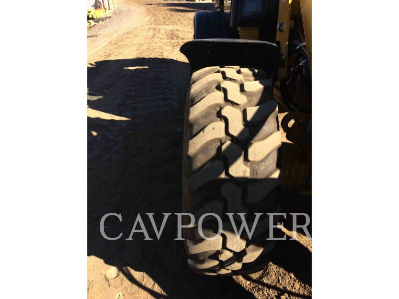 CATERPILLAR CARGADORES DE RUEDAS 908H equipment  photo 16