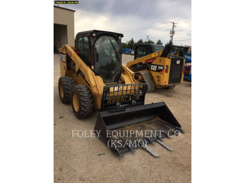 CATERPILLAR CHARGEURS COMPACTS RIGIDES 246DSTD1CA equipment  photo 2