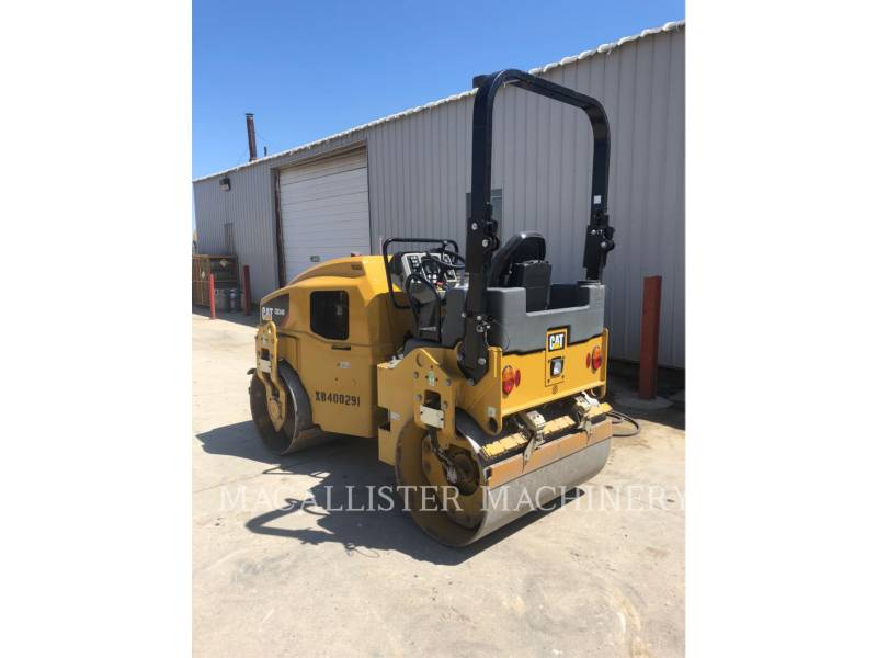 CATERPILLAR VIBRATORY DOUBLE DRUM ASPHALT CB34B equipment  photo 4