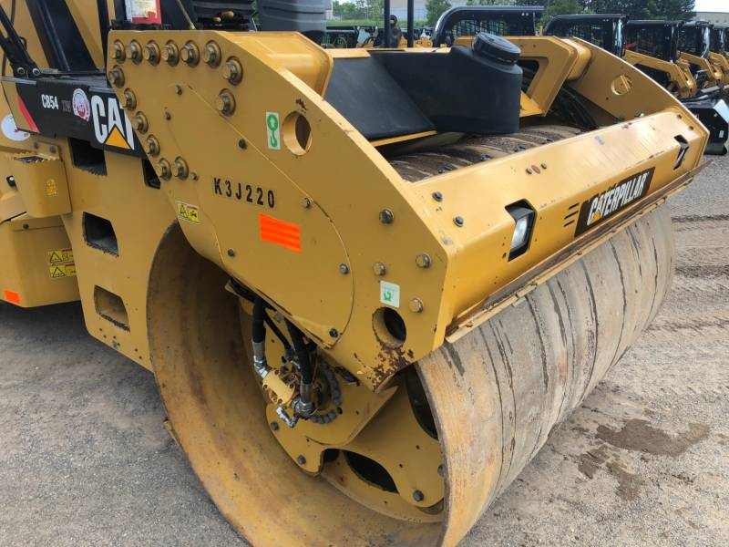 CATERPILLAR TANDEMVIBRATIONSWALZE, ASPHALT CB 54 equipment  photo 17