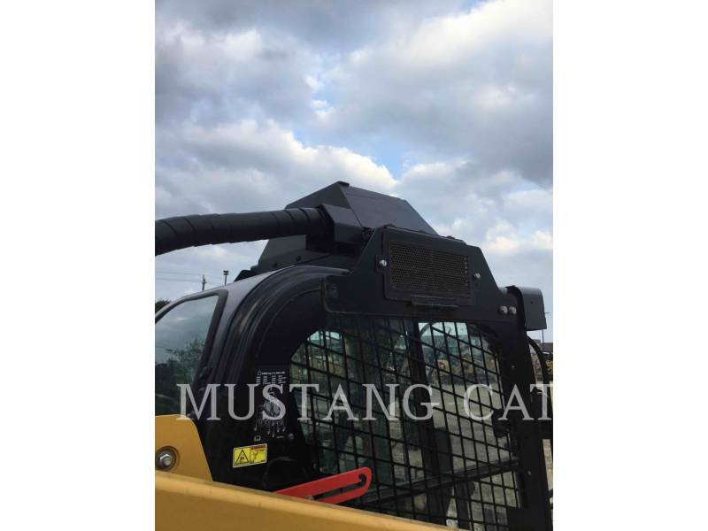 CATERPILLAR SKID STEER LOADERS 299D XHP equipment  photo 8
