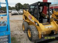 Equipment photo CATERPILLAR 242B3 MINICARGADORAS 1