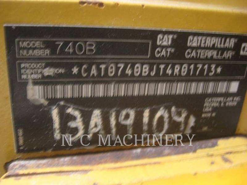 CATERPILLAR KNICKGELENKTE MULDENKIPPER 740B equipment  photo 5