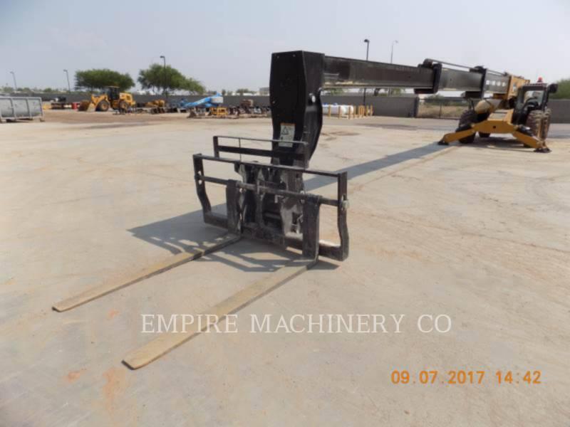 CATERPILLAR TELEHANDLER TL1055D equipment  photo 4