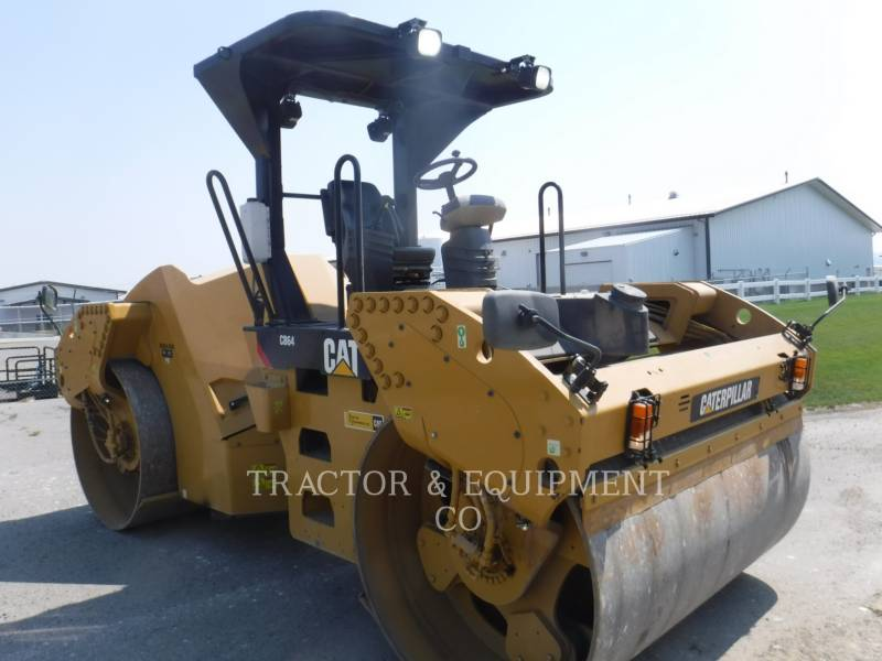CATERPILLAR PAVIMENTADORA DE ASFALTO CB64 equipment  photo 9