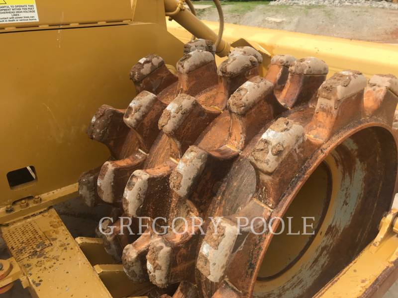 CATERPILLAR TRACTORES TOPADORES DE RUEDAS 815F II equipment  photo 12