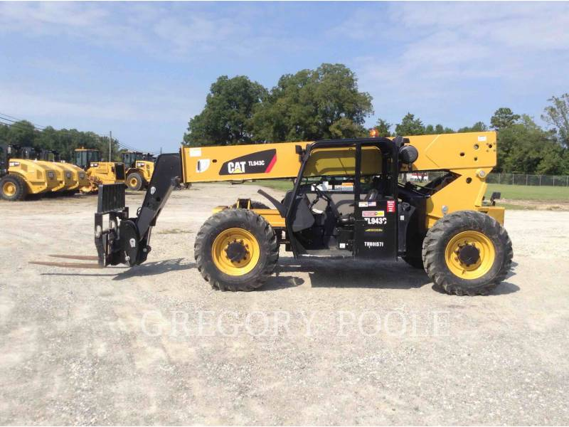 CATERPILLAR TELEHANDLER TL943C equipment  photo 7