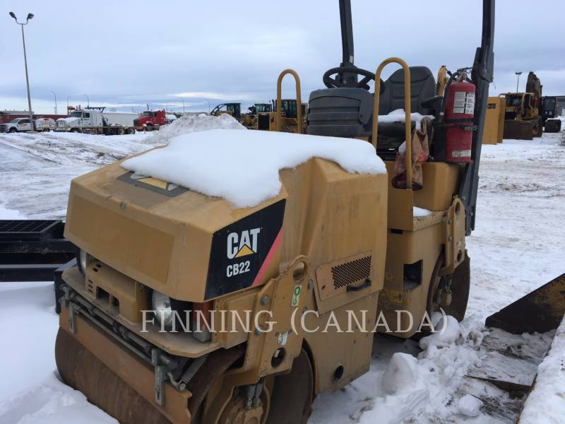 CATERPILLAR COMPACTEURS CB22 equipment  photo 2